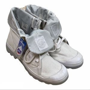 PALLADIUM NWT White Pallabrouse Baggy L2 Boots